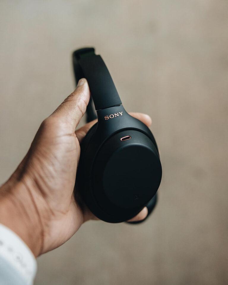 Sony XM4 Headphones